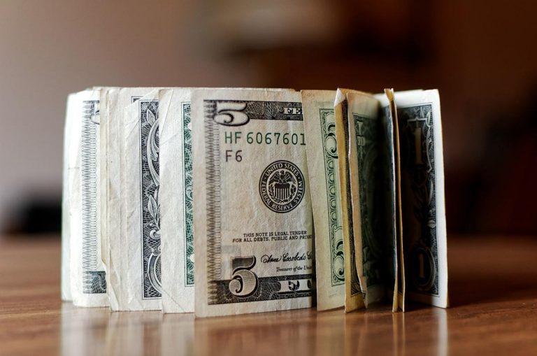 Kredyt konsolidacyjny - czy warto go wybrać?